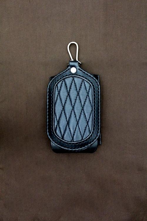 iPhone3G アイフォン 革ケース ダイヤモンドステッチ 黒 黒
